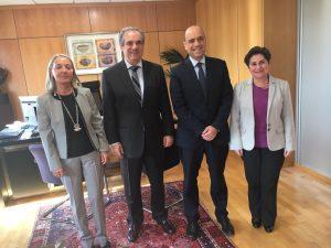 gabriel-echavarri-se-reune-con-el-presidente-del-consejo-general-de-colegios-oficiales-de-farmaceuticos