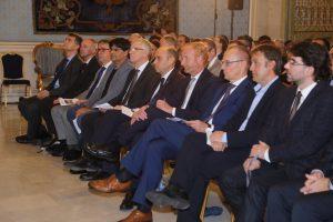 El alcalde recibe a los representante de las agencias europeas