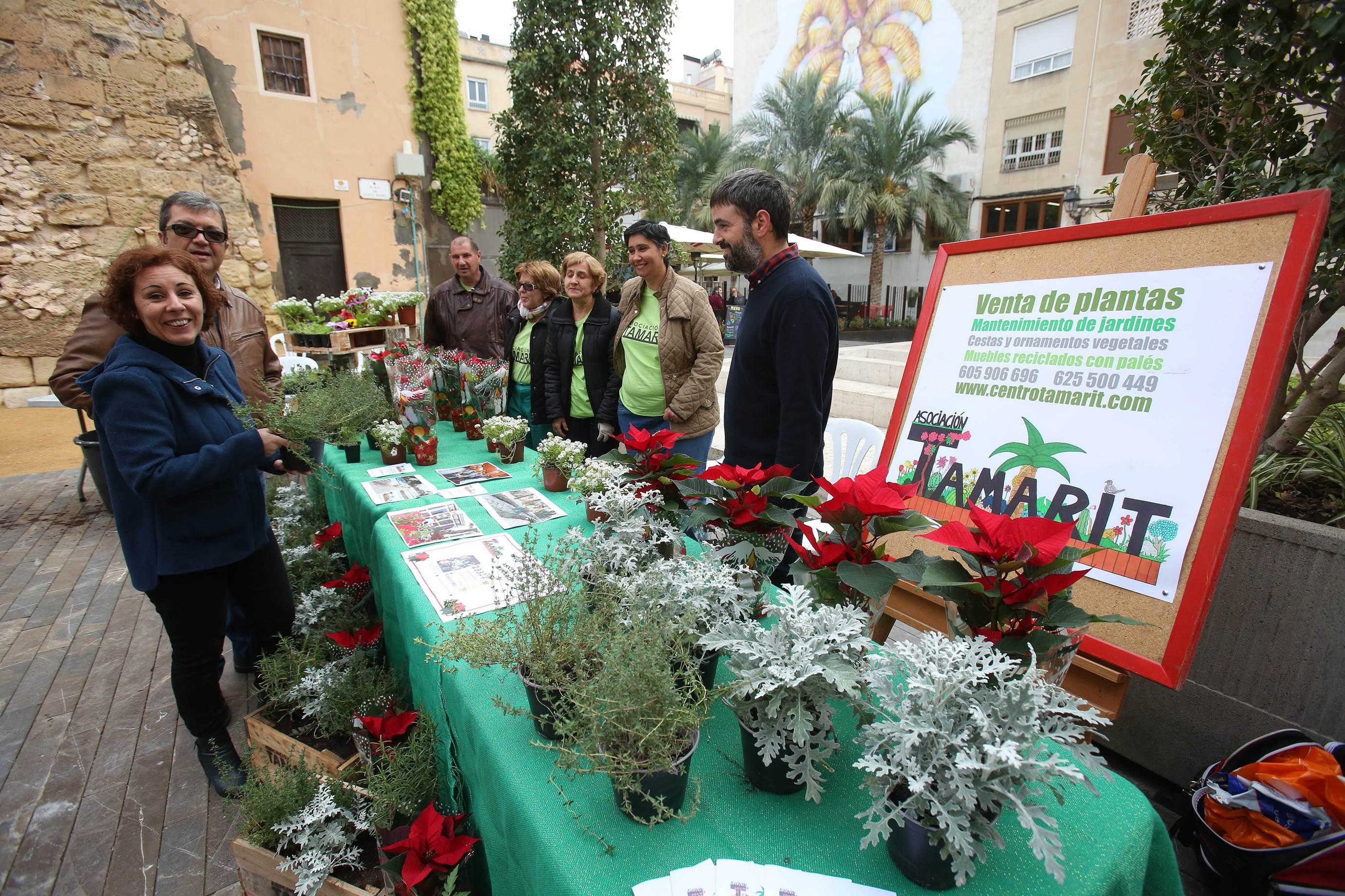 El Ayuntamiento De Elche Respalda A La Asociaciones De  # Muebles Haro Santa Pola