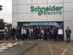 visita-estudiantes-schneider-electric