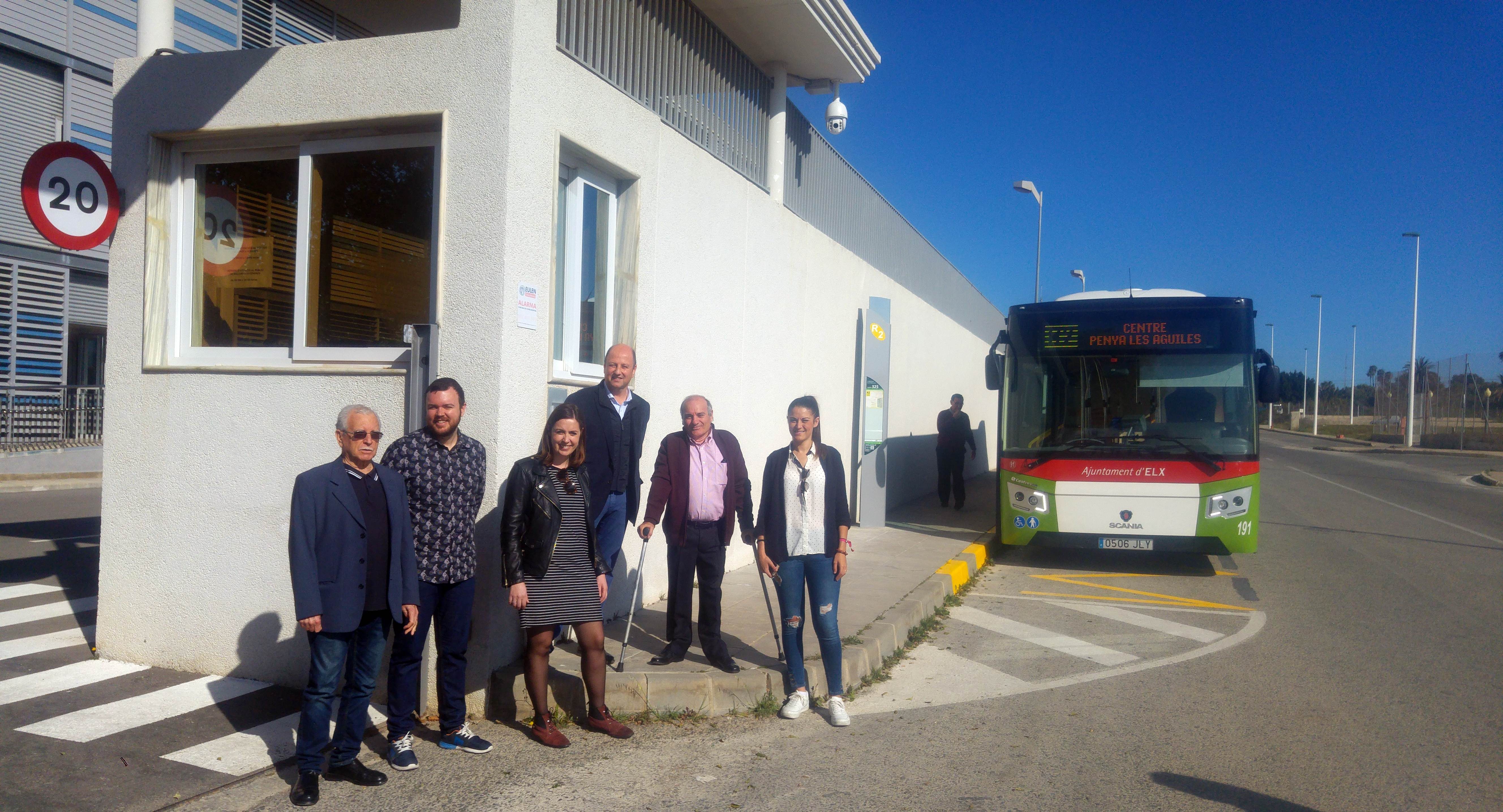 Elche inaugura el nuevo recorrido de la l nea de bus r2 que llega a carrefour y a las oficinas - Oficina trafico elche ...