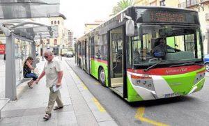 Los autobuses urbanos dejarán de pasar los sábados por la Corredora de 12 de la mañana a 12 de la noche