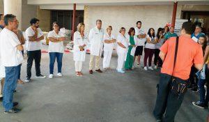el Departamento del Hospital General Universitario de Elche han realizado un paro en su actividad diaria en repulsa al último asesinato machista sucedido ayer en Cartagena