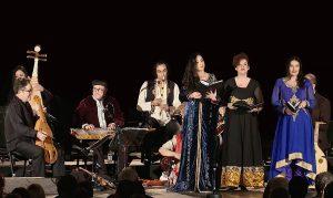 Capella de Ministrers en concierto con el programa La Ruta de la Seda. Carles Magraner, primero por la izquierda, dirige la formación.