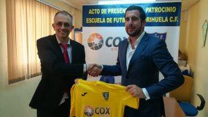 Cox Energy patrocina la escuela de fútbol del Orihuela C.F