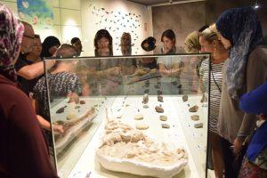 El MUPE y la fundación Elche Acoge unidos en una jornada de convivencia en el museo
